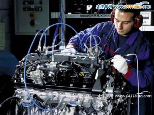 全手工 劳斯莱斯的生产流程高清图片